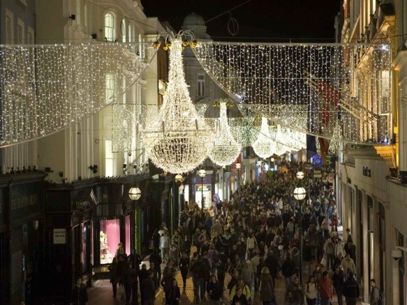 Grafton Street, Christmas, ©Clyde Court Hotel.