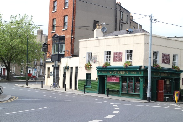 M. O'Brien's pub on Upper Leeson Street. Something familiar! I felt like I was seeing an old friend.