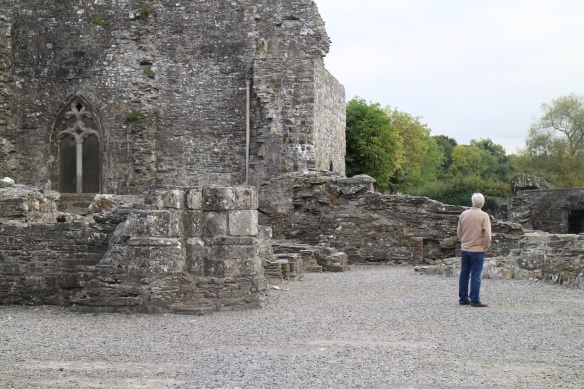 That's the chapter house on the left; it was closed for renovation when Margaret and I were here in 2012.