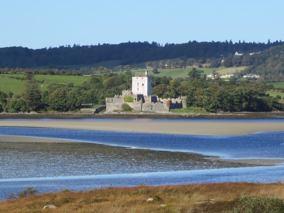 A closer view of Doe Castle.