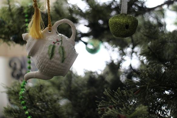 A teapot, also by Belleek.