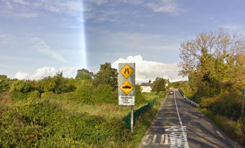 Consider this your first lesson on Irish signage. I screen-grabbed this from Google Maps.