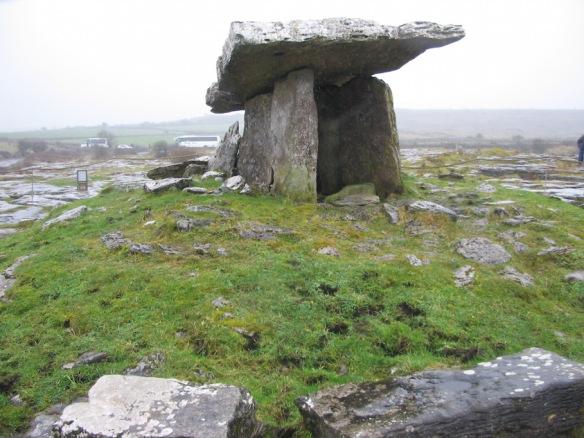 Poulnabrone dolmen.