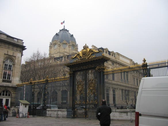 One view of the Palais de Justice, 2006.